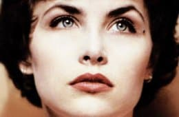 Sherilyn Fenn as Audrey Horne