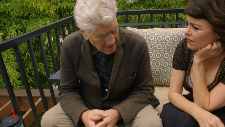 Twin Peaks Blu-ray/DVD: Behind the Scenes Footage Sherilyn Fenn & David Lynch