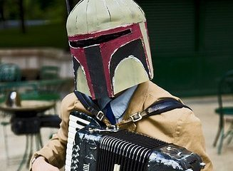 Boba Fett playing Twin Peaks covers on his accordion
