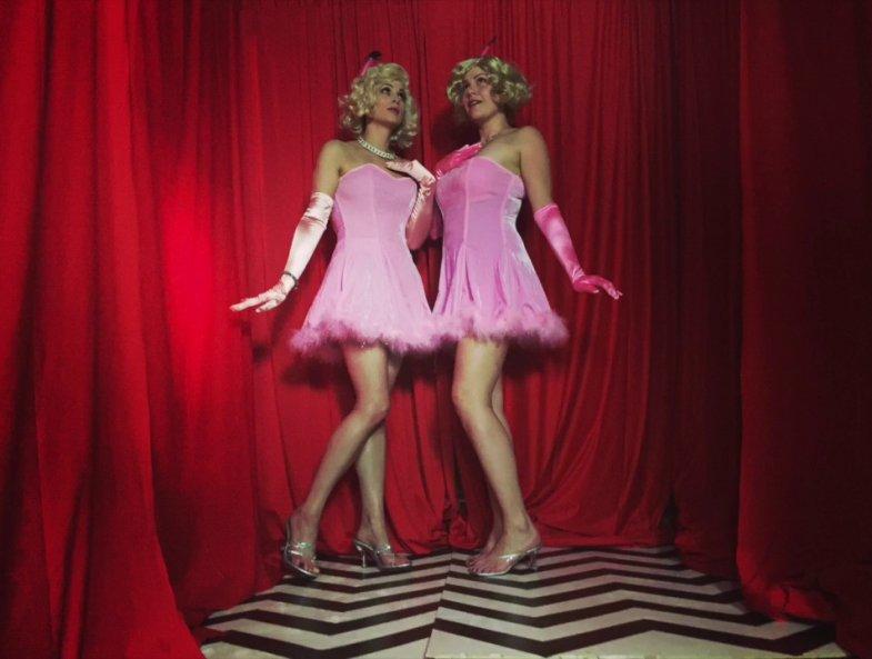 Twin Peaks Halloween: Candie girls