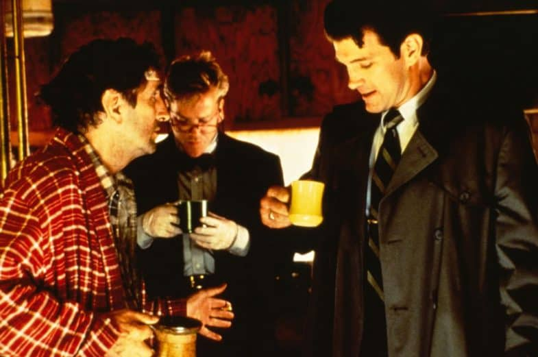Carl Rodd (Harry Dean Stanton), Sam Stanley (Kiefer Sutherland) and Chet Desmond (Chris Isaak)