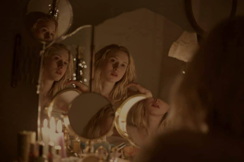 Cecilia mirror (Vivien Lafleur) by Laura Jung
