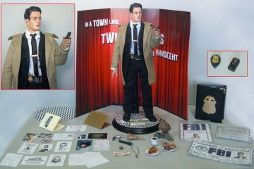 Twin Peaks Dale Cooper collectible action figure
