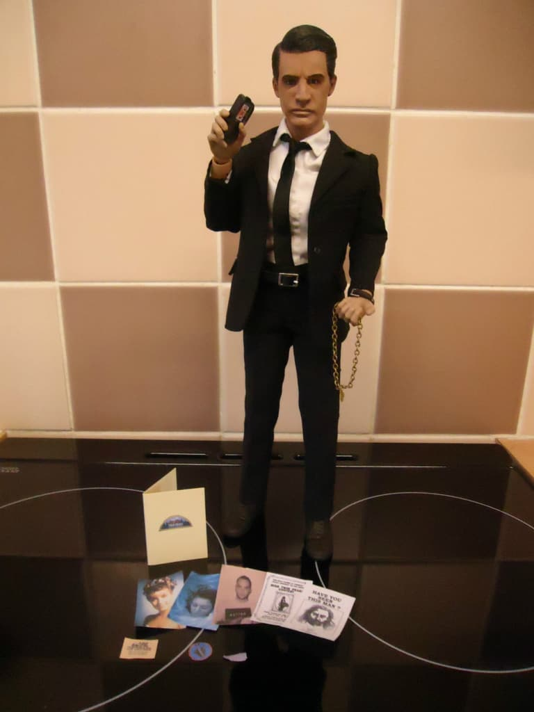 All That S Missing From This Mini Dale Cooper Figurine Is