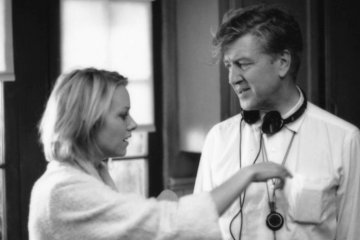 David Lynch and Naomi Watts behind the scenes of Mulholland Drive