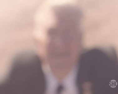 Blurry David Lynch in the new Twin Peaks teaser?