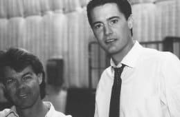 Duwayne Dunham and Kyle MacLachlan behind the scenes of Twin Peaks