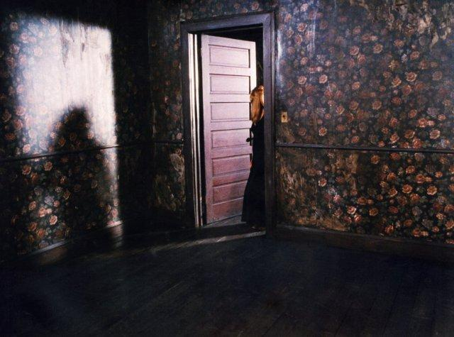 Mrs. Tremond's doorway print from Twin Peaks: Fire Walk With Me