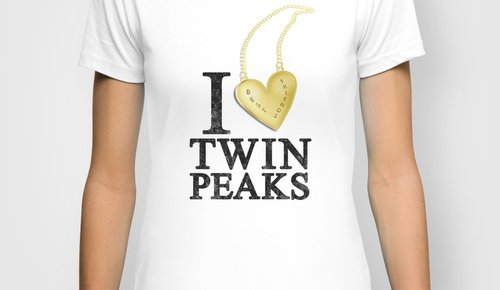 I Love Twin Peaks Necklace T-Shirt