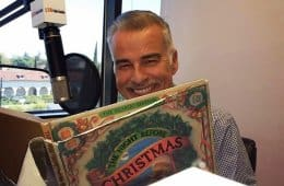 Ian Buchanan reads Twas The Night Before Christmas