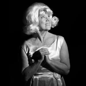 """Eraserhead's The Lady In The Radiator Performs """"In Heaven"""" Live In Memory Of Catherine E. Coulson (Video)"""