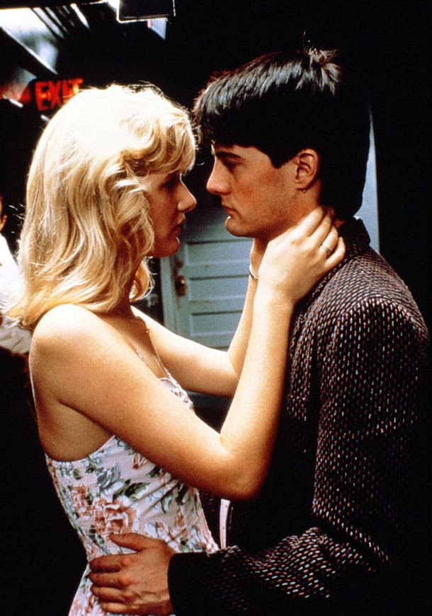 Laura Dern and Kyle MacLachlan in David Lynch's Blue Velvet