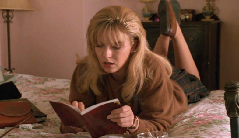 Laura Palmer reading her secret diary