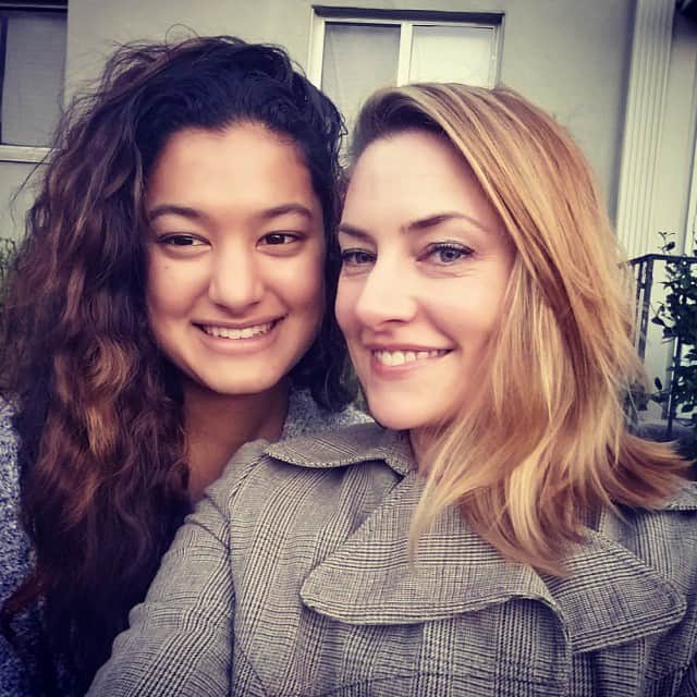 Mina Tobias with her mother, Mädchen Amick