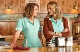 Mädchen Amick (Shelly Johnson) & Peggy Lipton (Norma Jennings) - Twin Peaks 2017