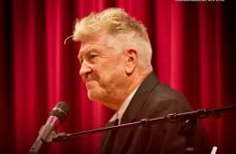 David Lynch is not talking about Twin Peaks until 2016