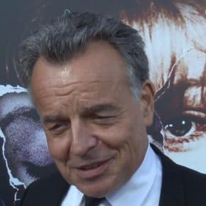 Zig Zag Carpet Interviews With Twin Peaks Cast Members At The Missing Pieces Premiere (Video)