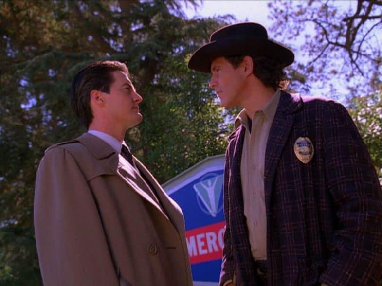Have you seen Michael Ontkean's Sheriff Harry S. Truman jacket?