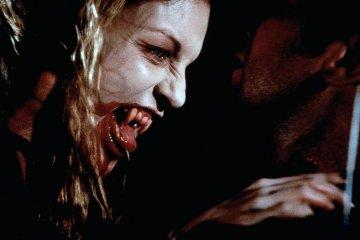 Sheryl Lee in John Carpenter's Vampires