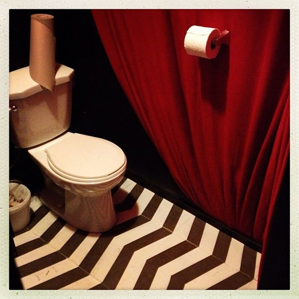 The Black Lodge Vancouver: bathroom
