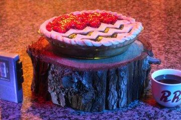 Twin Peaks Black Lodge pie