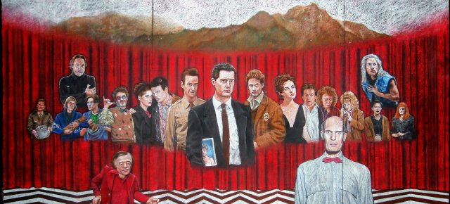 This 7 Feet Wide Twin Peaks Chalk Mural Portrays Dale Cooper, Audrey Horne, Killer BOB, And 17 Other Characters