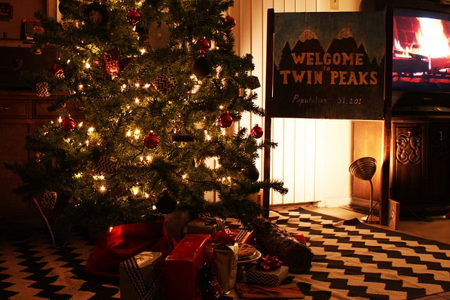 Twin Peaks Christmas: Welcome to Twin Peaks sign